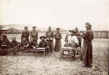 Кочевники Сибири: южные алтайцы, западные тувинцы, хакасы, якуты, буряты