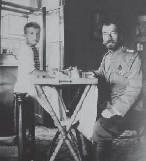 Николай II и Алексей в Ливадии, сентябрь 1909 г