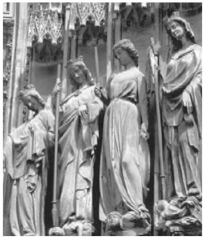 Скульптуры XIII века, изображающие добродетели (Страсбургский собор)