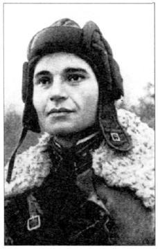 Герой прорыва блокады Ленинграда, лейтенант из 61-й легкотанковой бригады Л.И. Осатюк. Ленинградский фронт. 67 я армия, январь 1943 года (АВЛ)