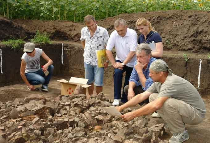 раскопки памятников трипольской культуры на Черкасщине