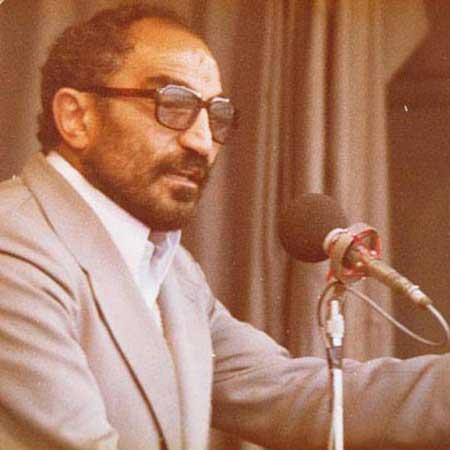 По его приказу были казнены и замучены до смерти тысячи политических заключенных, он лично пытал противников исламистского режима аятоллы Хомейни, через его пыточные застенки прошли и бежавшие в Иран советские диссиденты, намеревавшиеся через эту страну попасть на Запад. Сотни женщин-оппозиционерок и родственниц иранских диссидентов были изнасилованы и подвергнуты изощренным пыткам на глазах своих родственников по его прямому указанию. Звали этого человека Ассадола Ладжеварди. В народе им пугали детей и прозвали