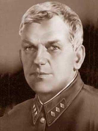 БЕРЗИН ЯН КАРЛОВИЧ (начальник Разведывательного управления штаба РККА март 1924—апрель 1935 г., июнь—август 1937 г.)