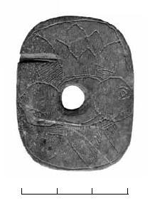 Рис. 4. Белоозеро. Подъёмный материал. Костяная накладка с орнаментом (ВОКМ35011)