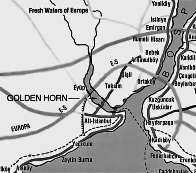 Залив Золотой Рог на карте Стамбула