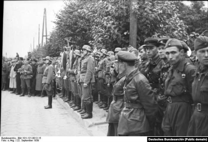 Совместный парад Вермахта и Красной Армии в Бресте после раздела Польши, 22 сентября 1939 года