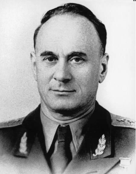 нарком внутренних дел Украинской ССР, комиссар госбезопасности 3-го ранга Иван Серов