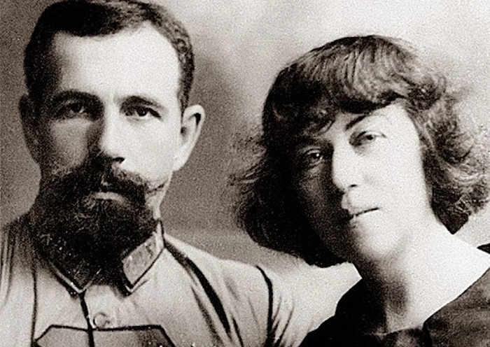 Павел Ефимович Дыбенко и Александра Михайловна Домантович-Коллонтай