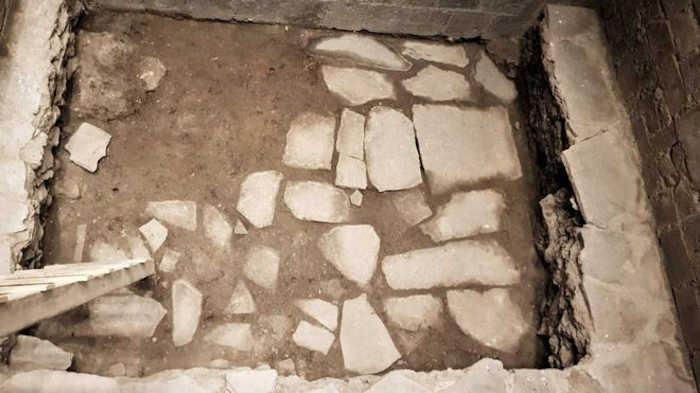 Дворец, найденный под историческим ломбардом, также использовался испанским конкистадором Эрнаном Кортесом