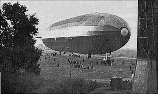 18 декабря 1923 года во время барражирования в Северной Африке разбился французский дирижабль «Диксмюд» (L-72). Погибли 50 человек
