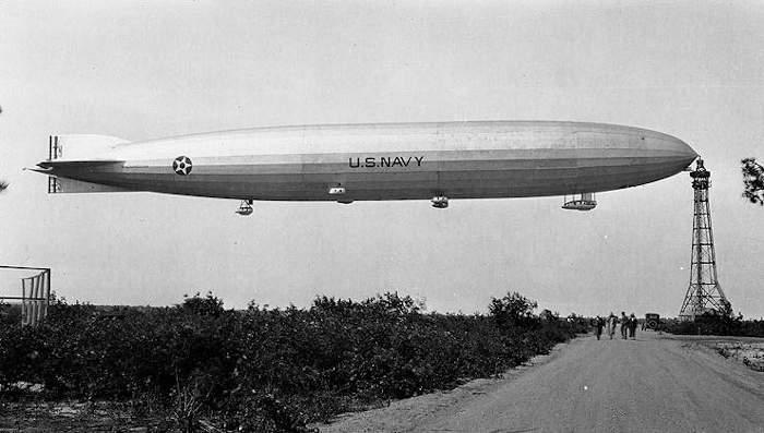 3 сентября 1925 года в США потерпел катастрофу дирижабль «Шенандоа» (ZR-1). Погибли 14 человек
