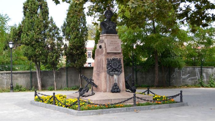 Памятник матросу Петру Кошке