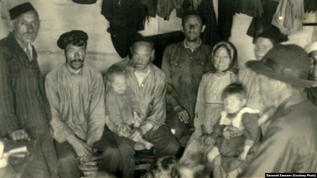 Нарымский край. Группа ссыльных, 1930-ые годы